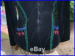 $300BeautyRARE Velvet Embroidered Mexican Style Western Festival JacketMRoja