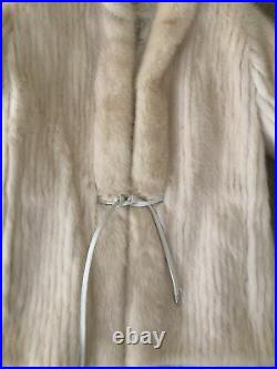 Beautiful VINTAGE BLONDE OFF WHITE GENUINE REAL MINK FUR COAT JACKET Size Small