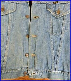 VTG Wrangler Fur Lined Jean Jacket Western Blue Denim Coat Work Button Cowboy