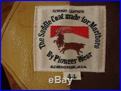 Vtg Pioneer Wear Saddle Coat Marlboro Heavy Leather Western Jacket Coat Men's 44