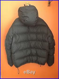 Western Mountaineering Men's xl coat